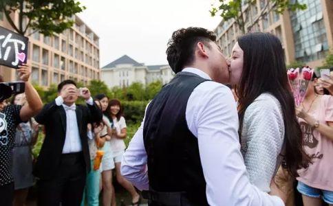 伊犁酒店结婚纪念日布置,伊犁结婚纪念日必去餐厅